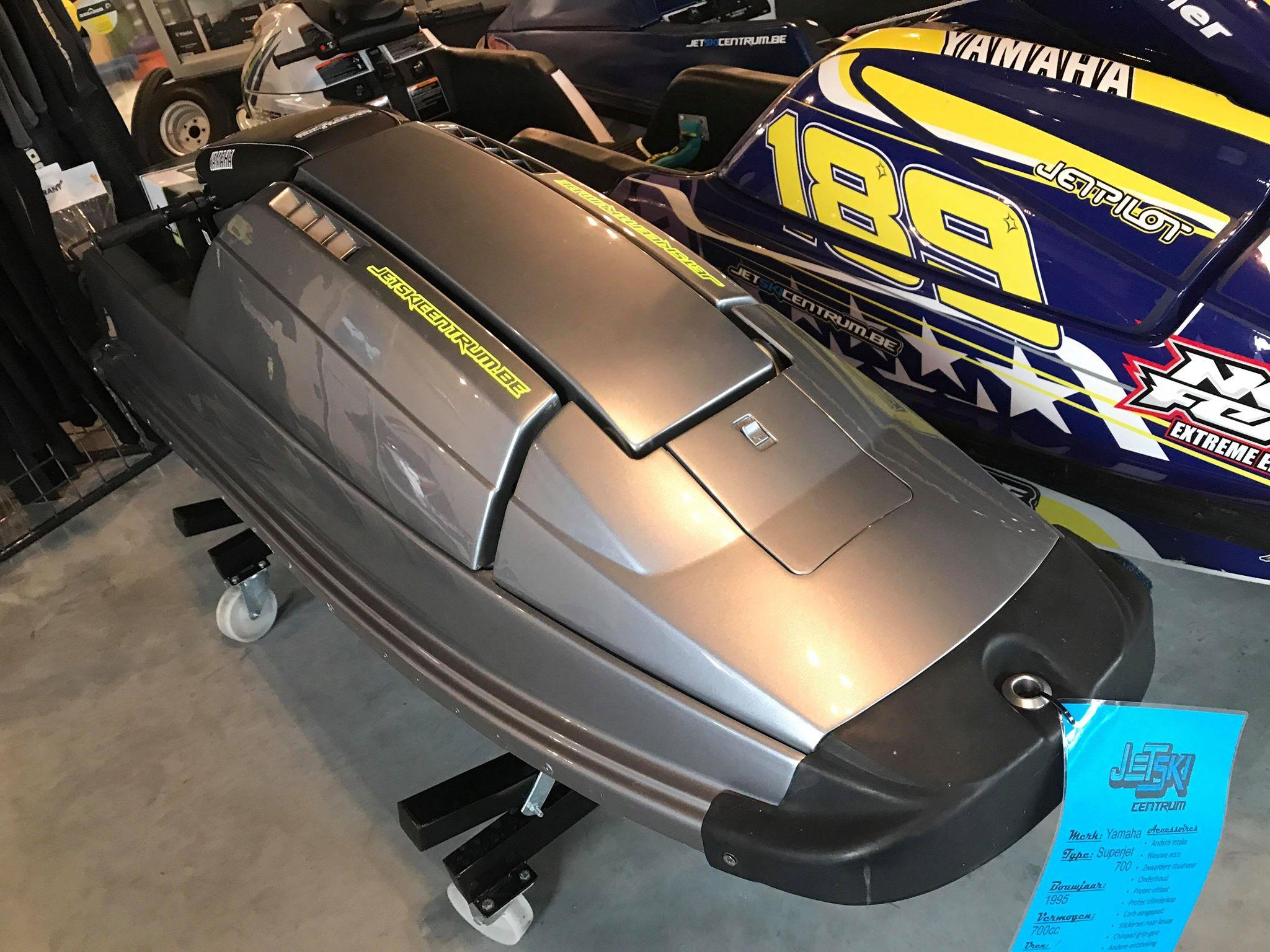 Yamaha Superjet 700 Image